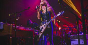 artist, Grace Porter, in concert